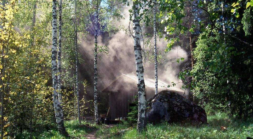 大地と繋がるearthing(アーシング)・・・ 1万年前のピートに包まれて